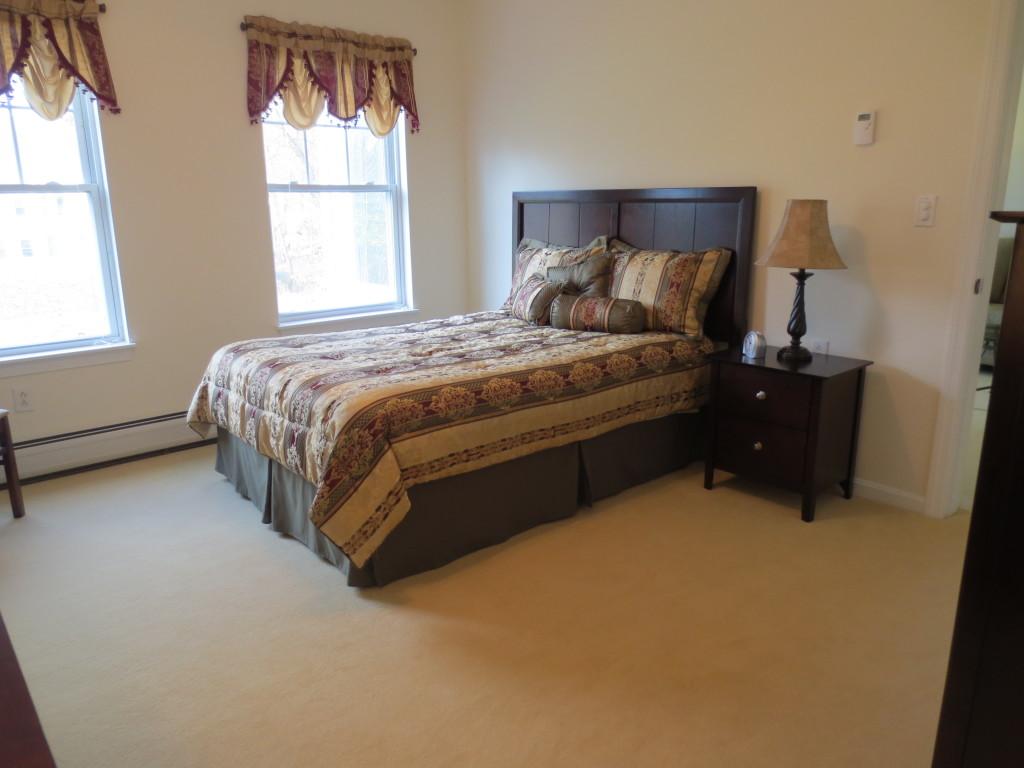 Bedroom (one-bedroom unit)